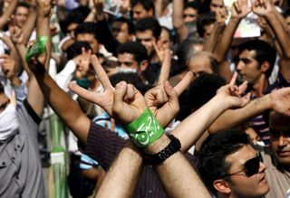 Tehran-protest-Mousavi-su-002